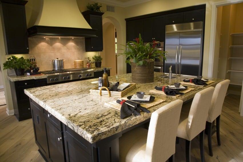 Luxury-Estate-Kitchen