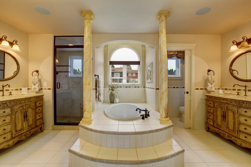 Large-Luxury-Bathroom-With-Centered-bathtub
