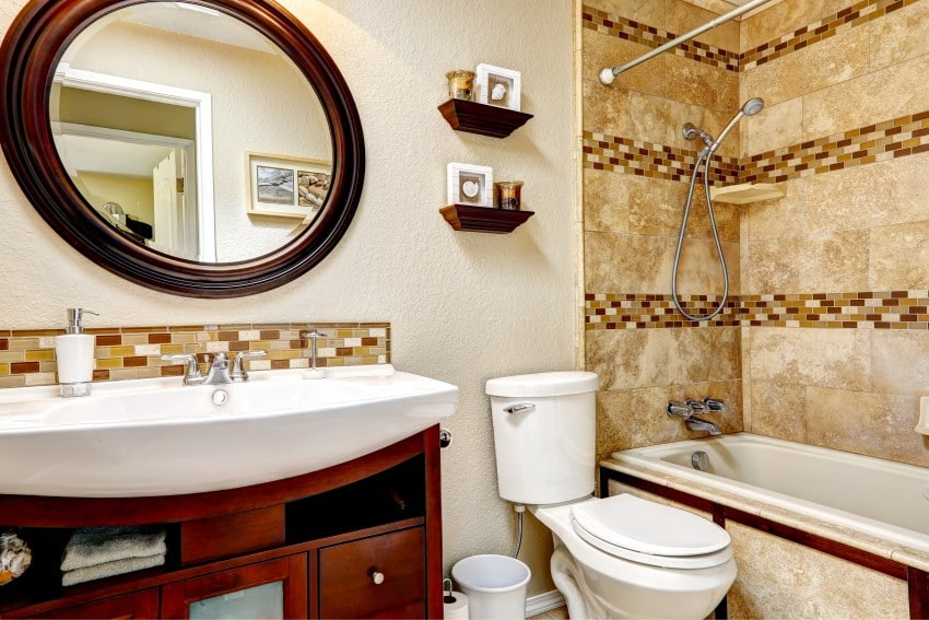 Bathroom-With-Tile-Wall-Trim