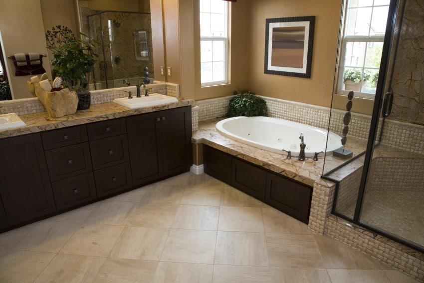 Designer-Bathroom