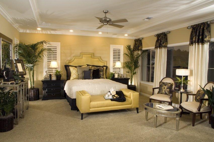 1920 Art Deco bedroom