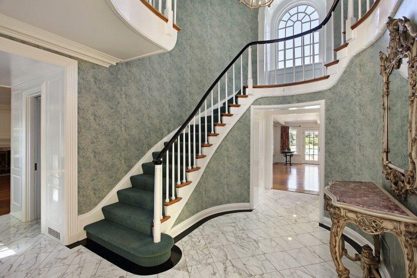 classic design portico