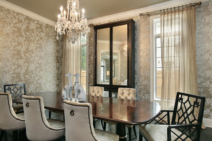 5-bigstock-Dining-Room-In-Luxury-Home-5741493