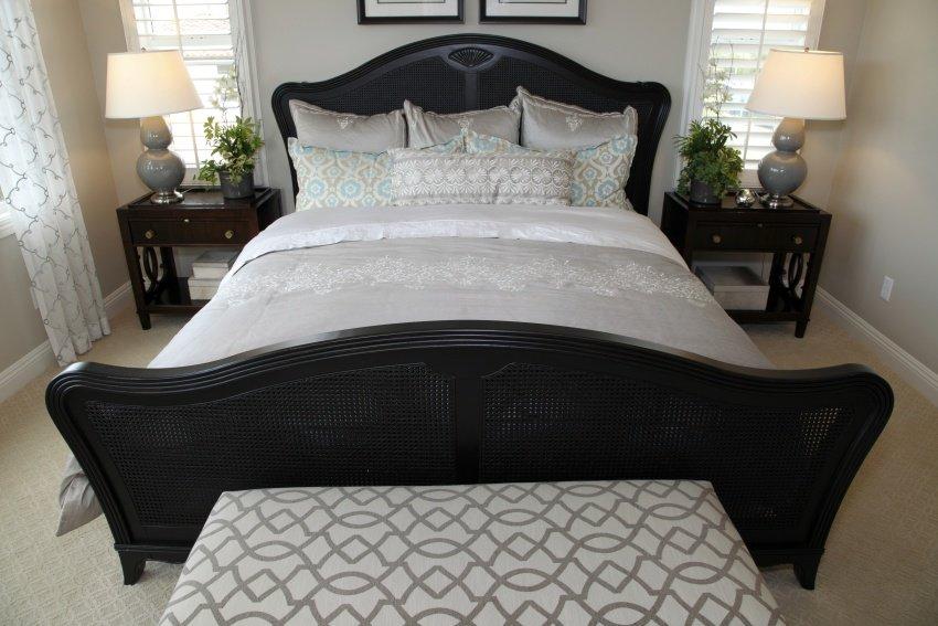 simplified design bedroom