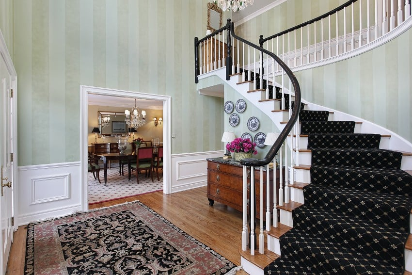 Amazing luxury foyer design ideas photos with staircases for Foyer traditional decorating ideas