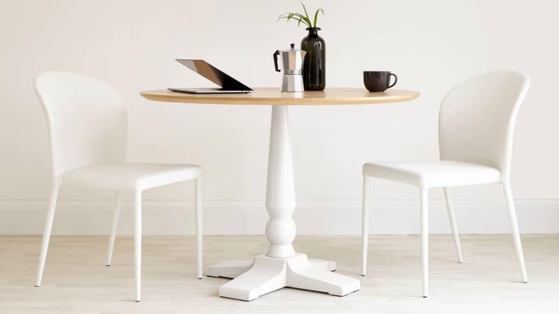 single leg pedestal table