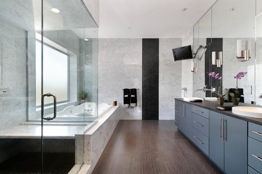bath in clean lines design