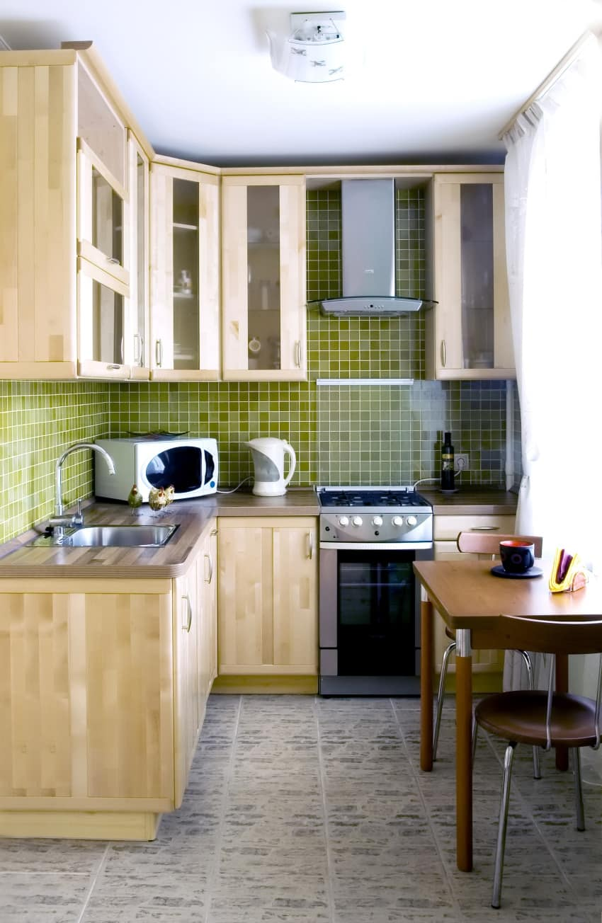17 shutterstock 3170255 - Get Kitchen For Small Houses Design Pictures