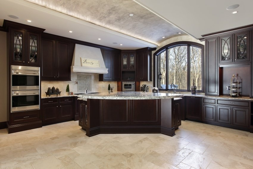 arched ceiling in kitchen
