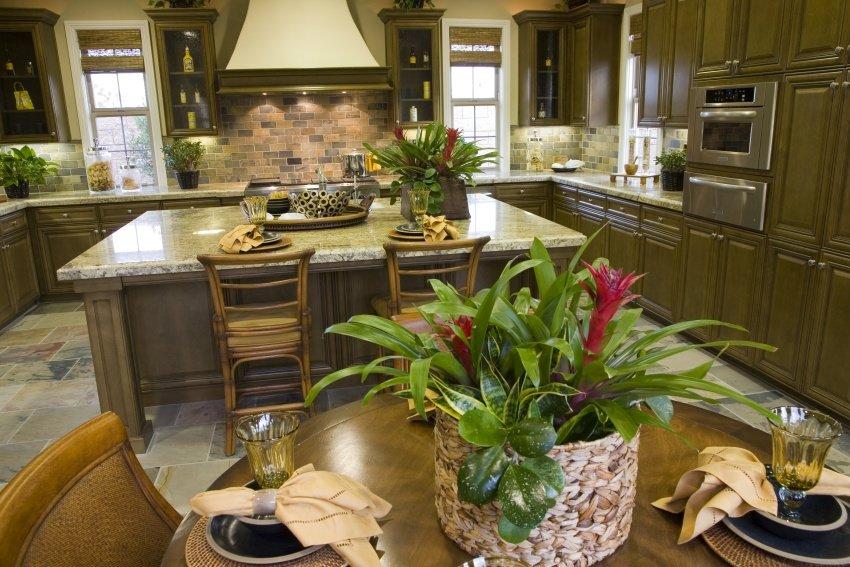 symmetric kitchen layout