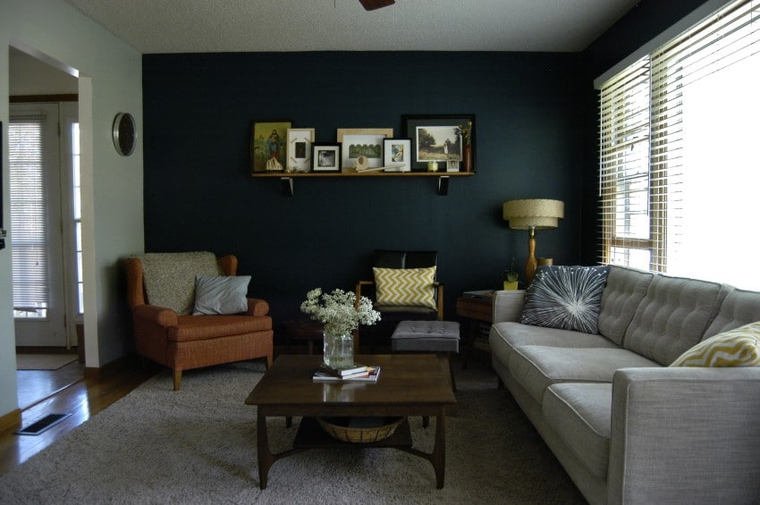 living-room-wall decor
