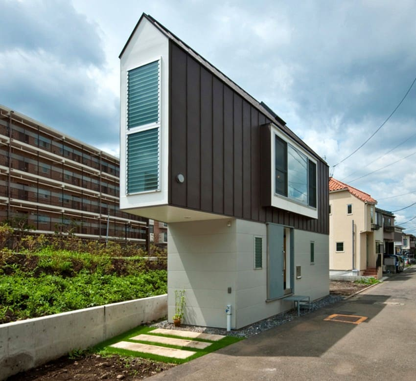 This tiny home is not only greatly undersized, but also extremely narrow