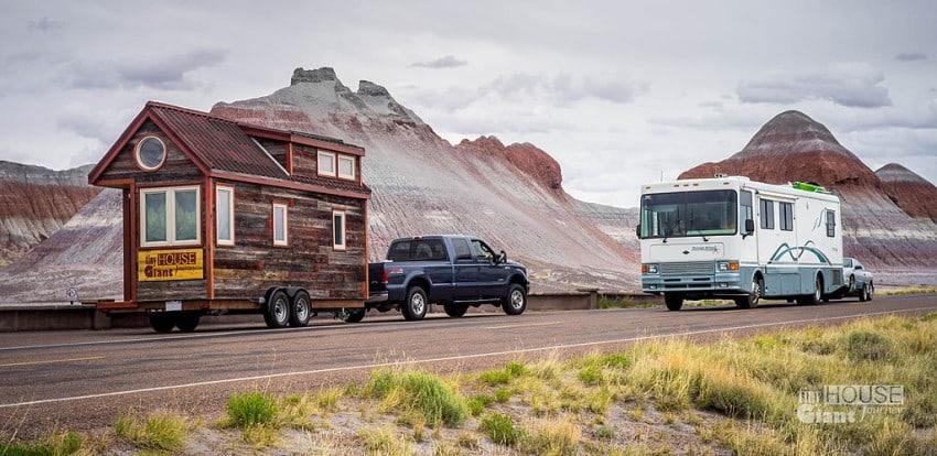 33-Tiny_House_Giant_Journey_in_the_Petrified_Forest_and_an_RV