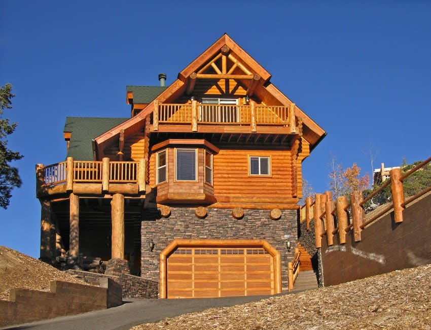 luxury log home
