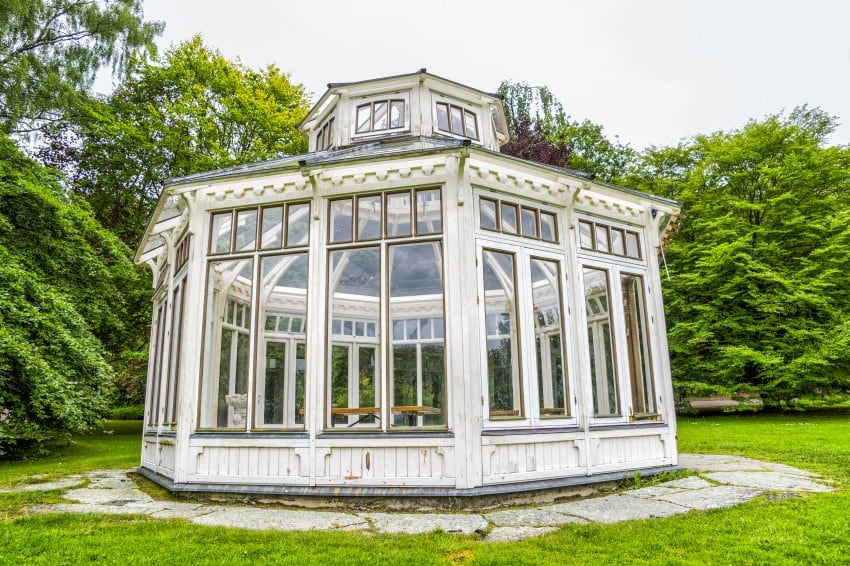 glass garden pavilion