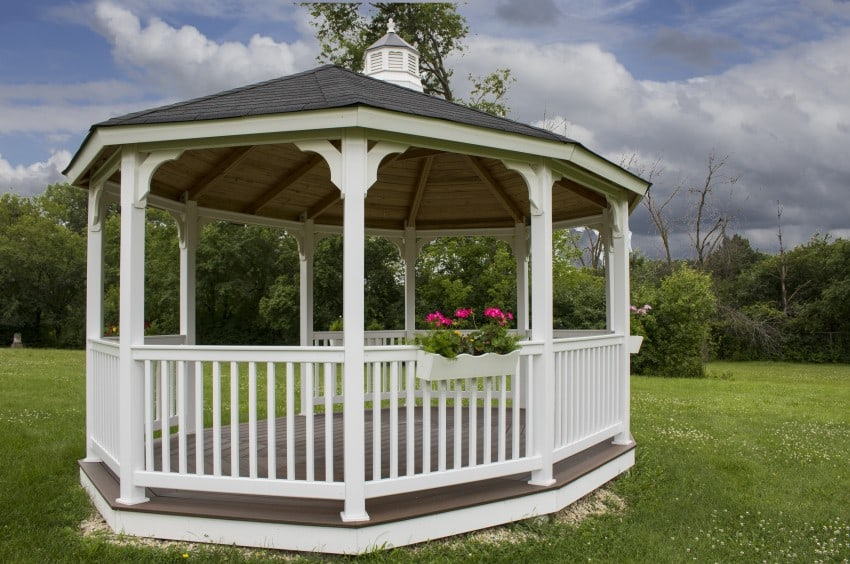 gazebo in green lawn