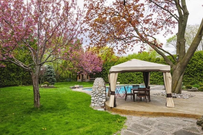 simple garden tent