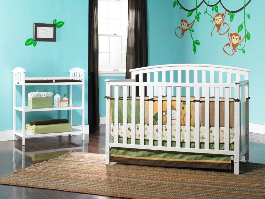 Graco Freeport Convertible Crib, White