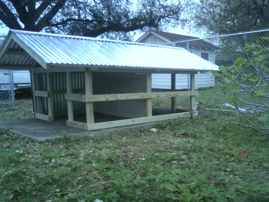 duplex-sturdy-dog-house2