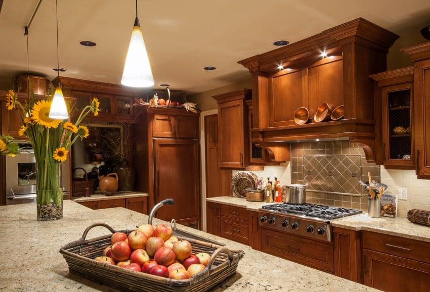 dark mable kitchen