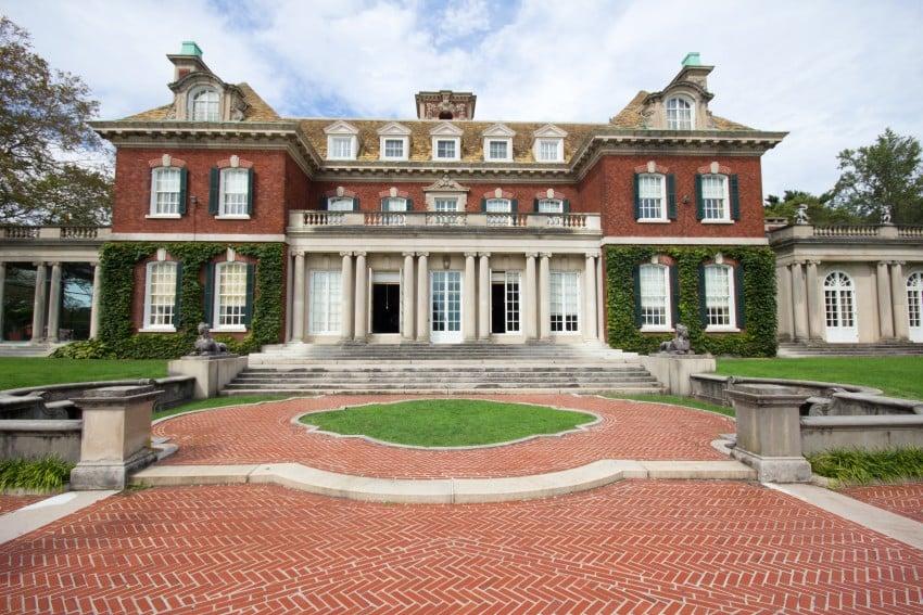 23 Beautiful Big House Mansions Photos