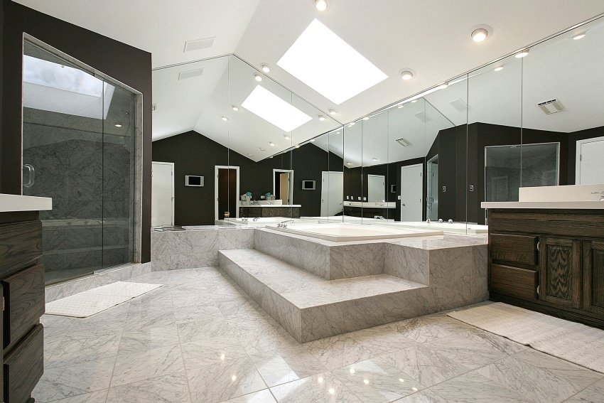 Modern Style Bathrooms
