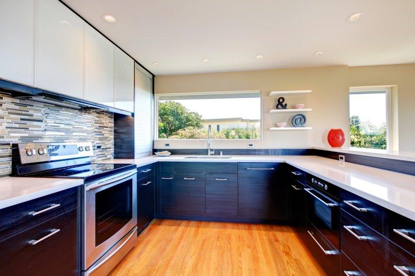 modern-kitchen-shutterstock_174947018