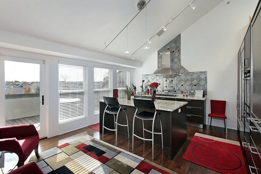 modern-kitchen-shutterstock_43891264