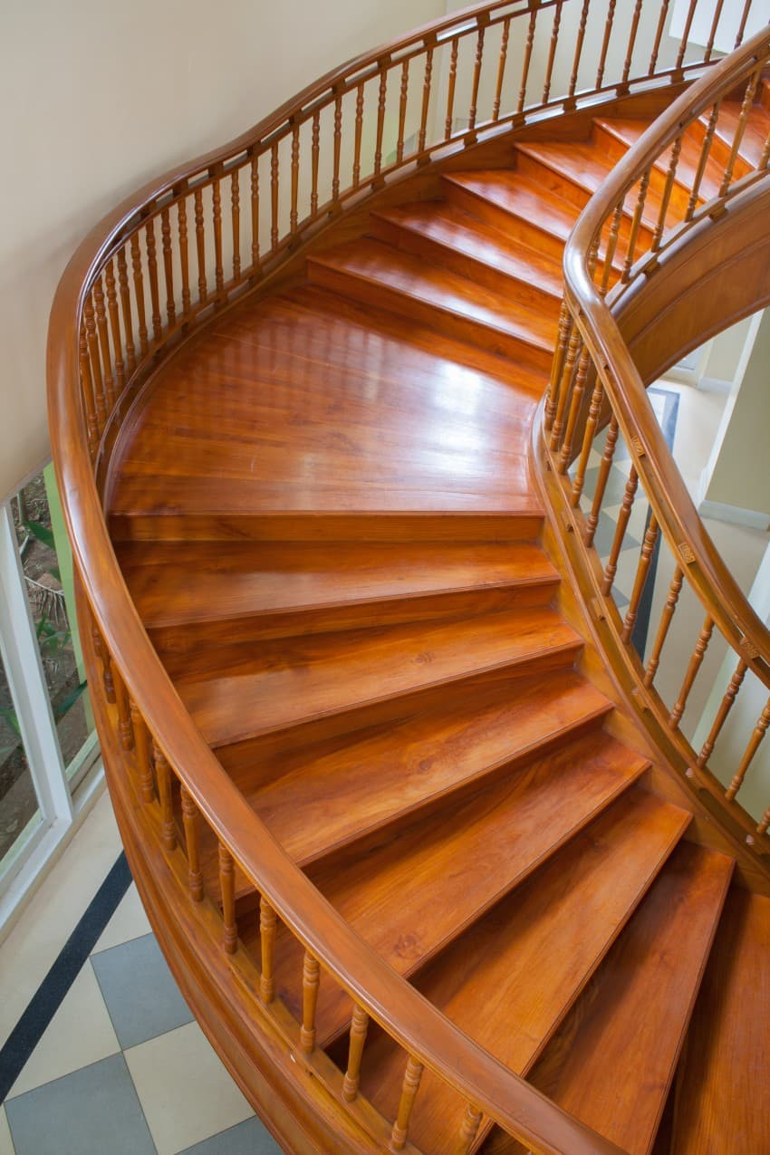 curved staircase in solid wood