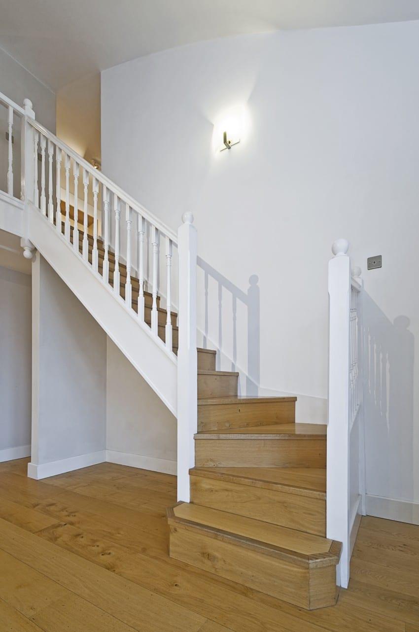wooden steps same as hardwood floor