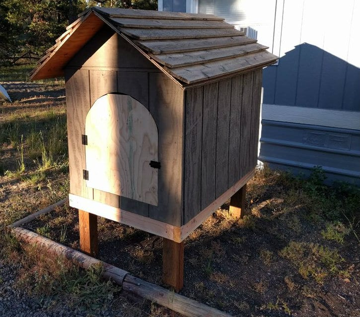 Wonderful Diy Recycled Chicken Coops: 30 Awesome Custom Chicken Coop Ideas And DIY Plans (PHOTOS