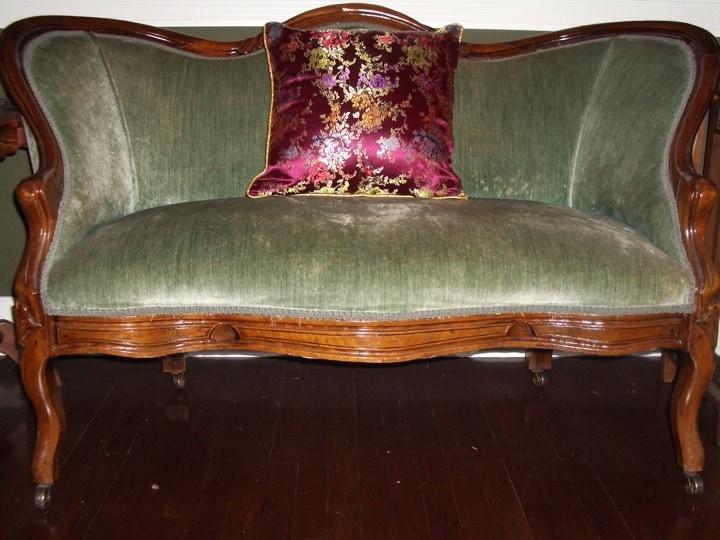 settee chair