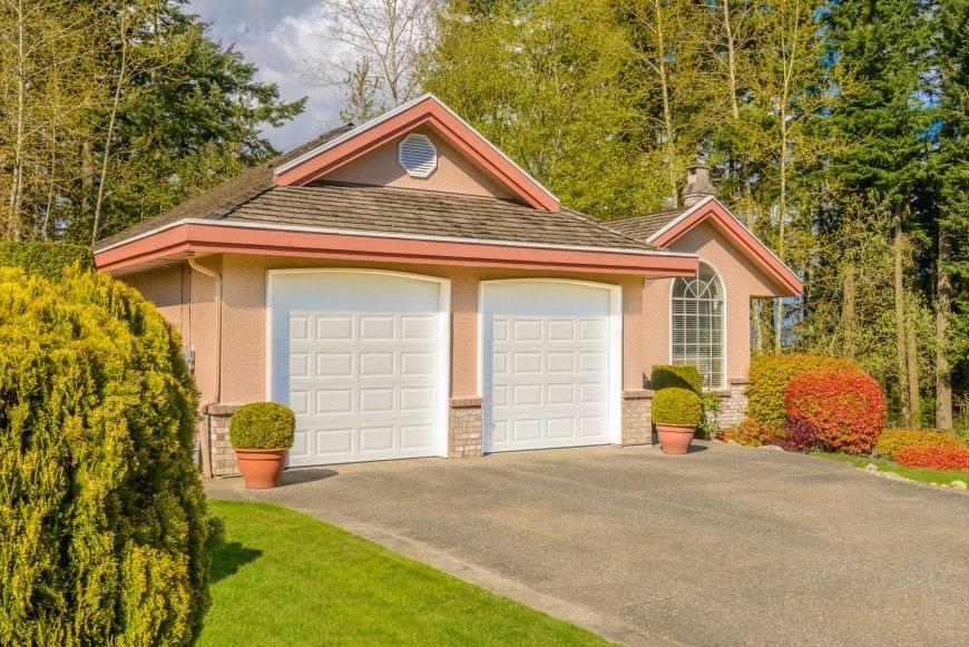 Best Garage Door Styles and Materials