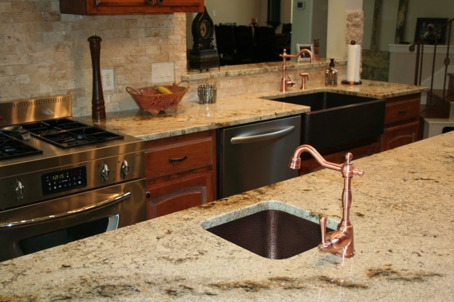 Kitchen Cabinets Colors With Sienna Bordeaux Granite