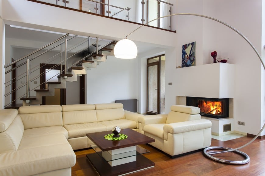 Have a look at one more light-colored family room