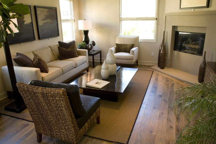 This transitional design is set in neutrals and natural materials