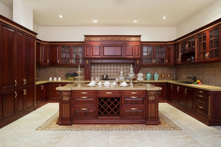 This U-shaped kitchen is so spacious that there's plenty of room for a large island counter in the middle