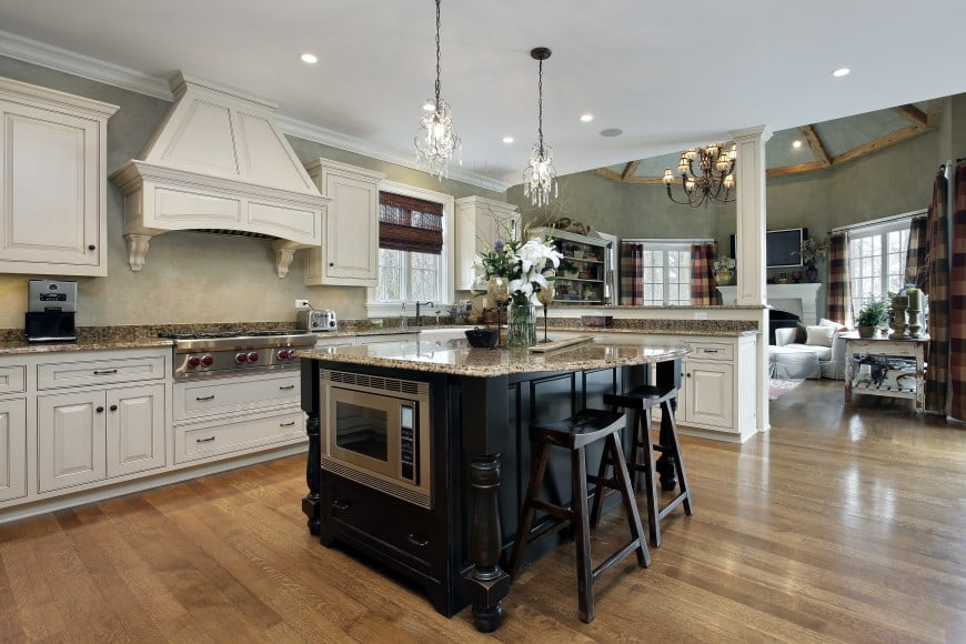 traditional kitchen design in black and white