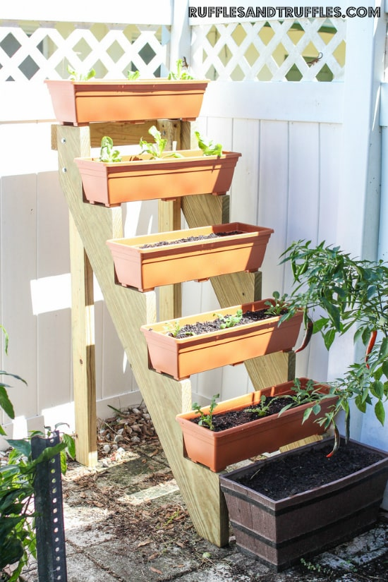diy vertical planter idea