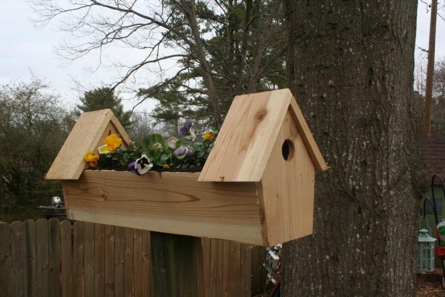 cedar bird planter