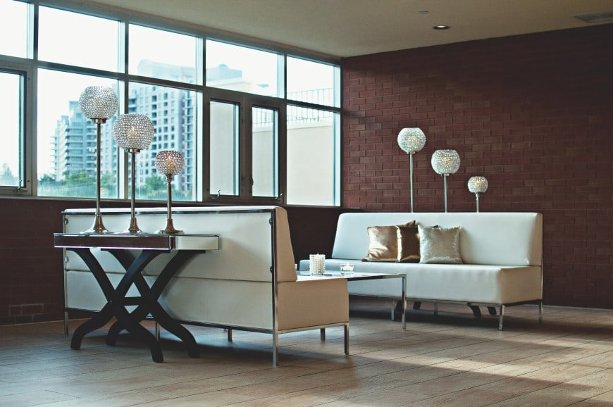 Best Decorative Solutions for a Low Ceiling