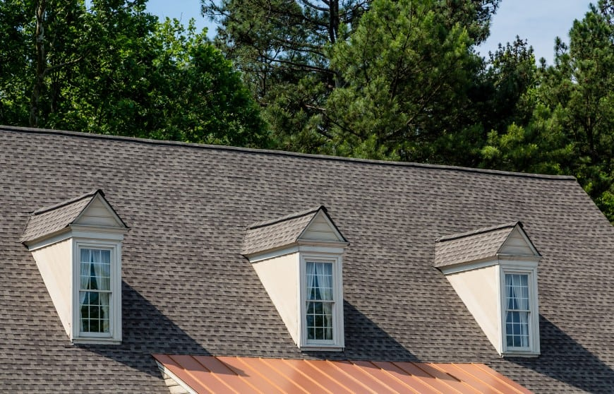 article about different styles of roof shingles