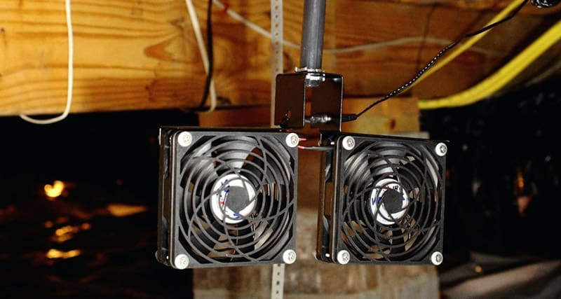 Ventilator fans to prevent the crawl space from damp and dirt