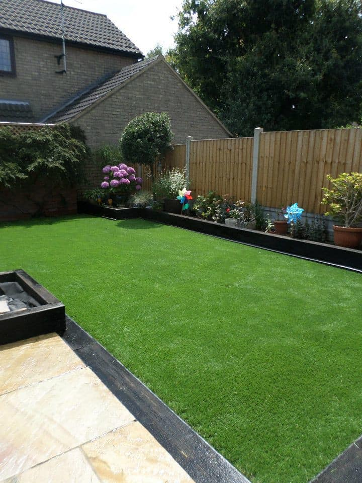 backyard synthetic grass