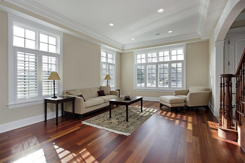 hardwood floor area