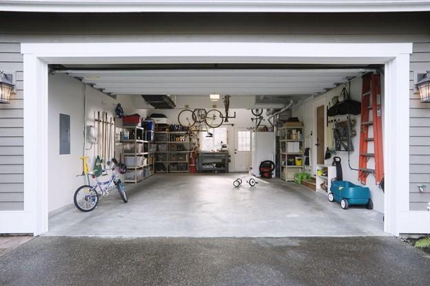 garage as storage space