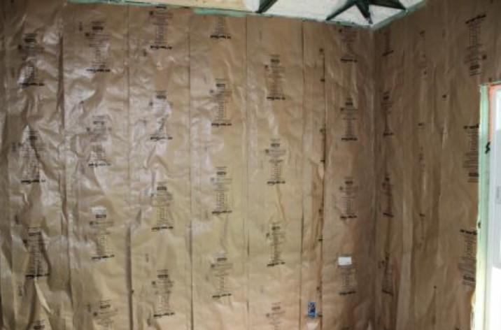 kraft faced insulation on wall