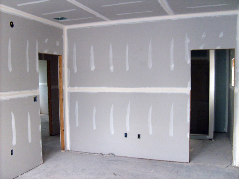 interior wall with drywalls